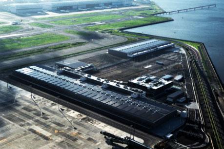 巨大東京国際エアカーゴターミナル