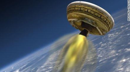 NASA 火星行有人飛行物体「円盤型LDSD」実験機