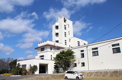 <使用不能になっている南阿蘇村の京都大火山研究センター>