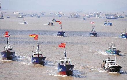 尖閣国有化直後に動いた中国漁船団。