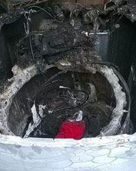 洗濯機破裂