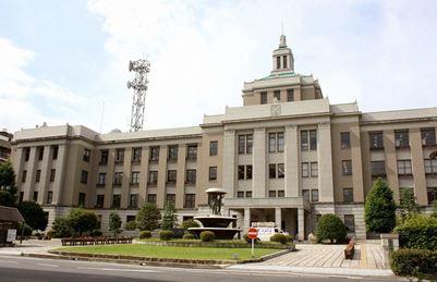 近江商人の里、滋賀県の県庁建物